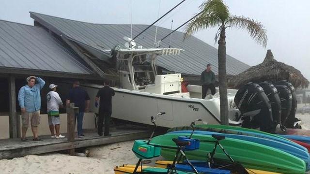 boat in resturant